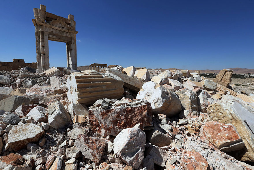 before-after-isis-destroyed-monuments-palmyra-Syria (6)