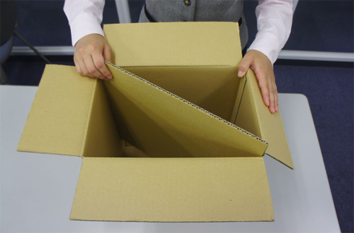 cardboard-box-bed-earthquake-japan-kumamoto (4)