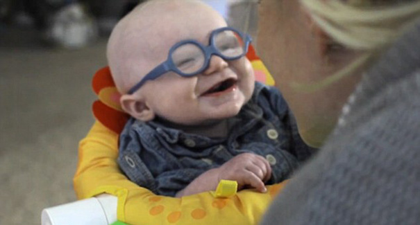 glasses-baby-sees-mother-first-time-smiles-leopold-wilbur-reppond (3)
