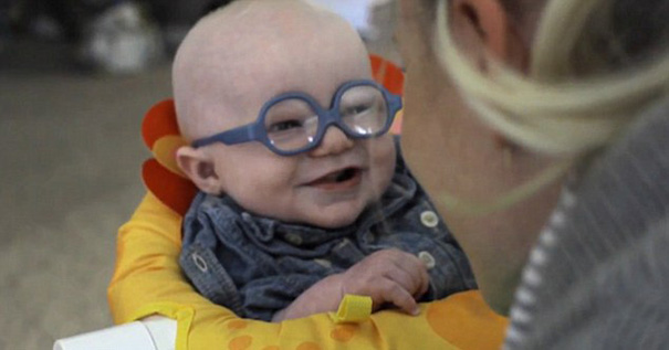 glasses-baby-sees-mother-first-time-smiles-leopold-wilbur-reppond (4)
