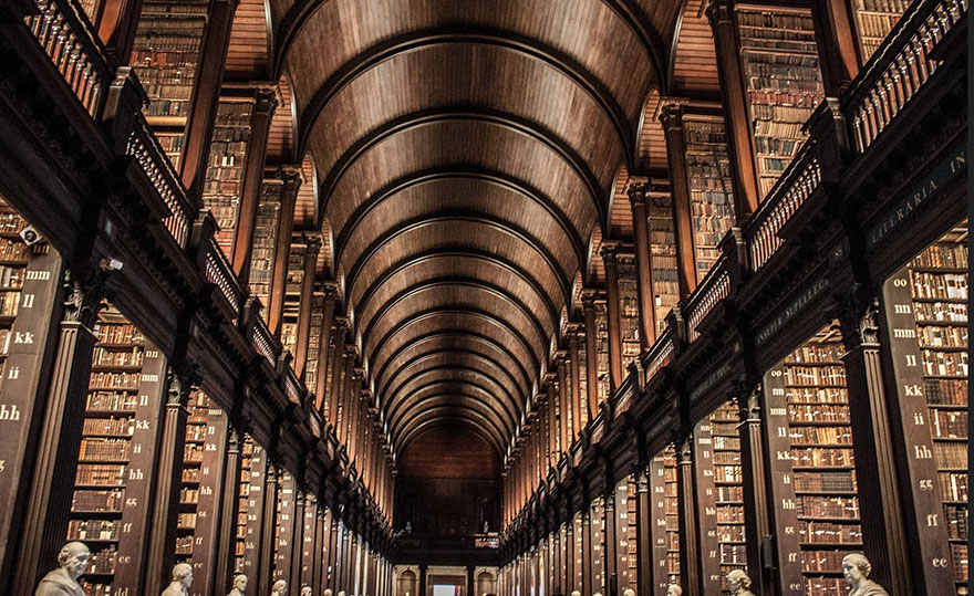 trinity-college-long-room-library-dublin (3)